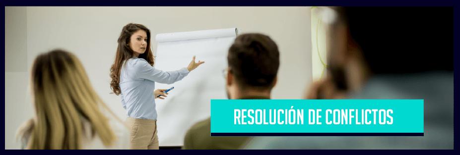 Una reunión de trabajo con el texto Resolución de conflictos