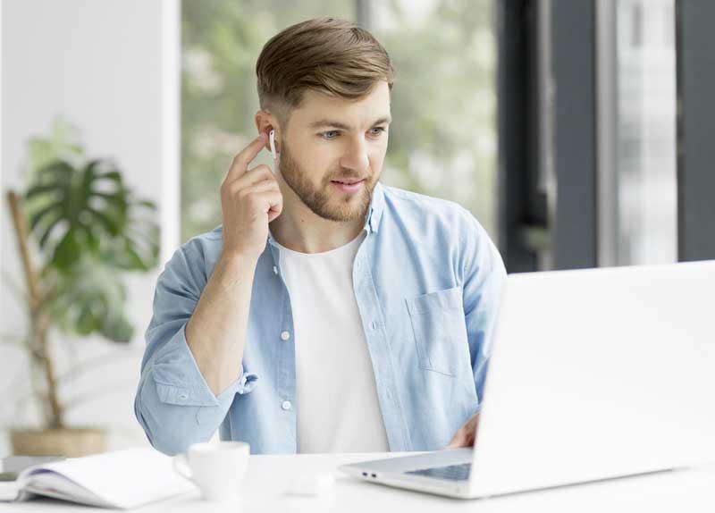 simple man videoconference