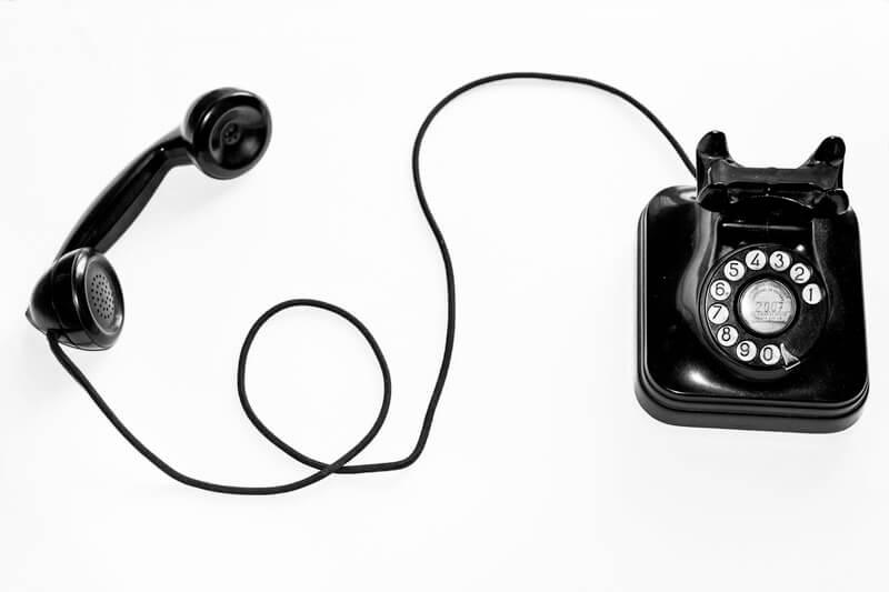 Foto de un teléfono antiguo